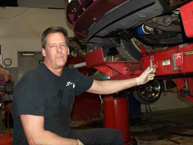 Bob Archambault - GM Certified Tech